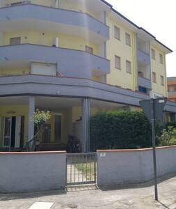 Appartamento a 5 minuti a piedi dal mare - Lido delle Nazioni - Apartmen