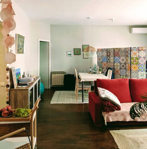 Cozy living space & private bedroom in Sarria
