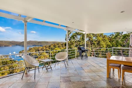 Panoramic Pittwater Retreat - Bilgola Beach