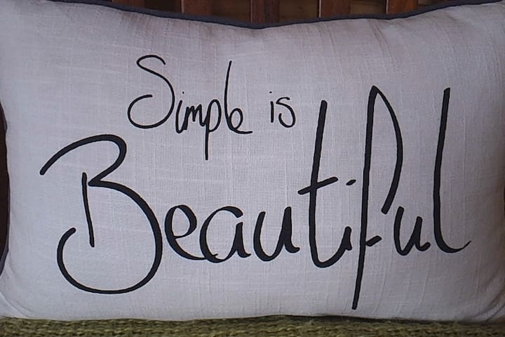 If you appreciate beauty right down to the smallest most simplest experience, then we are the right AIRBNB stay for you.....:)