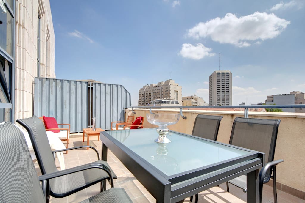 Large terrace of 25 m2 very sunny