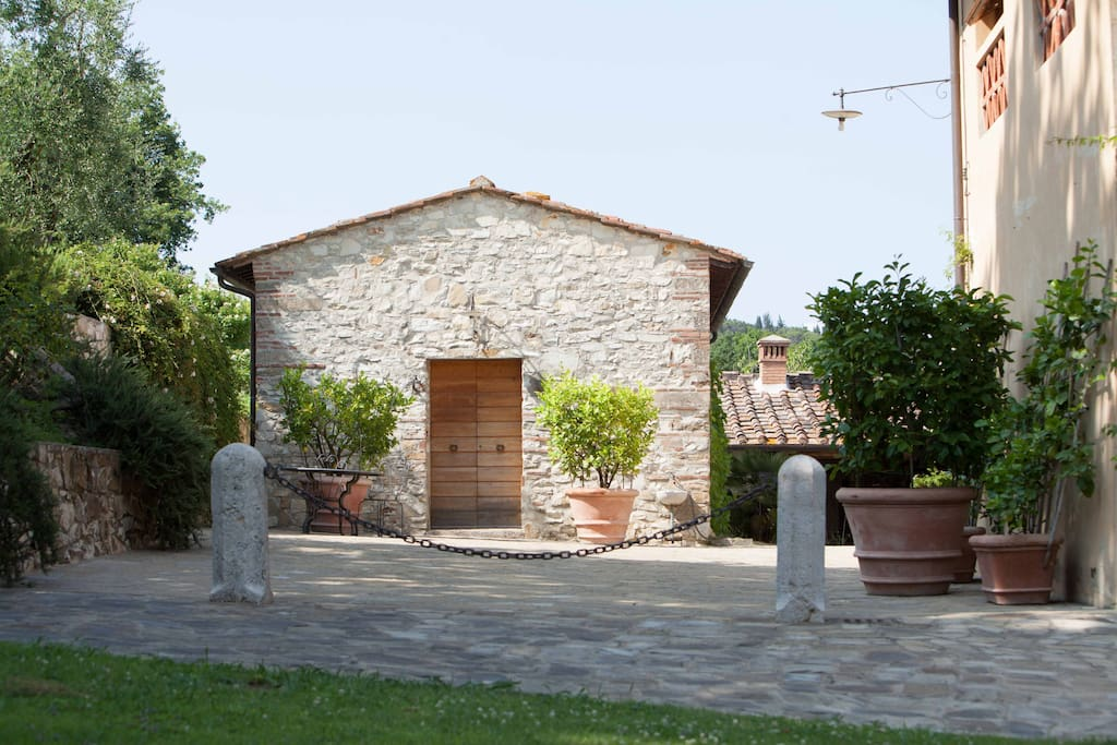 Tuscany house la conigliera houses for rent in rignano for Rent a house la