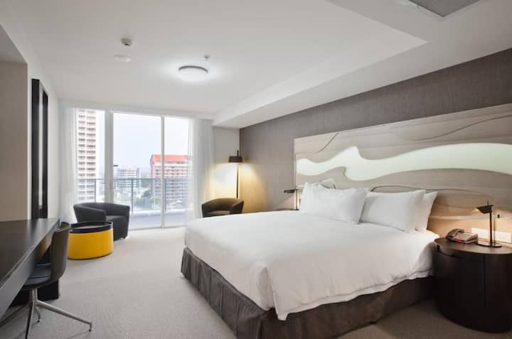First Class Double Guest Room Double Bed At Surfers Paradise