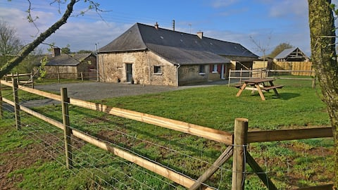 Maison en campagne à proximité de Château Gontier