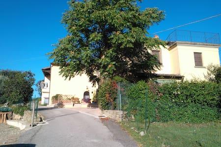 """Mirjam's Home "" Monte San Savino - Monte San Savino - Hus"
