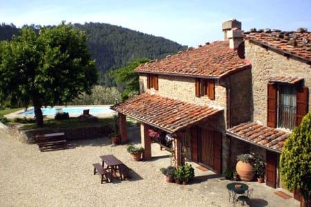 Colonica in pietra, piscina privata in esclusiva - Reggello - House