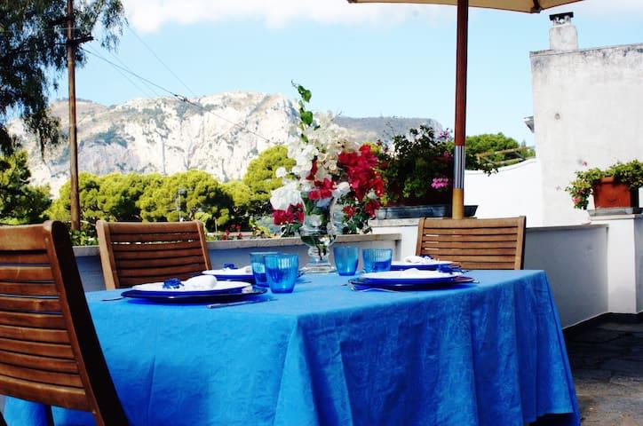 Elegant home few min from Piazzetta - Capri - Maison