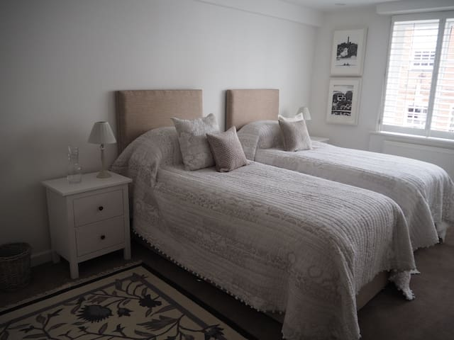Stunning Apartment in City Centre - Chichester - Apartemen