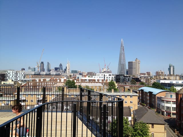 Stylish central apartment w/ Terrace View - Londen - Appartement