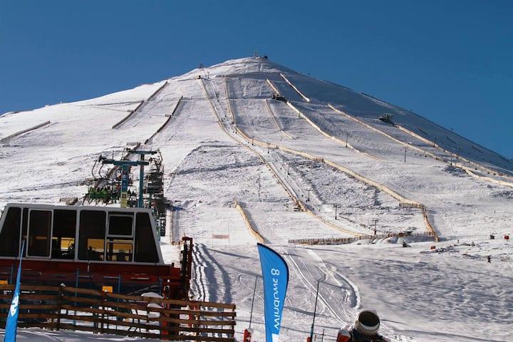 Ski in/out. El Colorado, Santiago.
