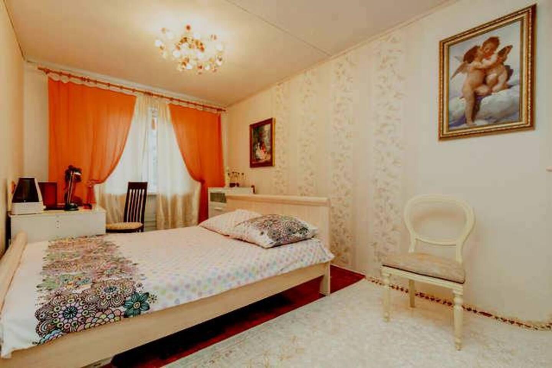 Спальная комната с 2-х местной кроватью.