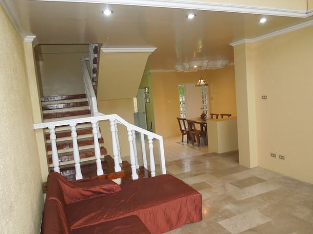 ⭐3BR Near Barretto & SBMA⭐King Size Bed⭐Subic Bay⭐