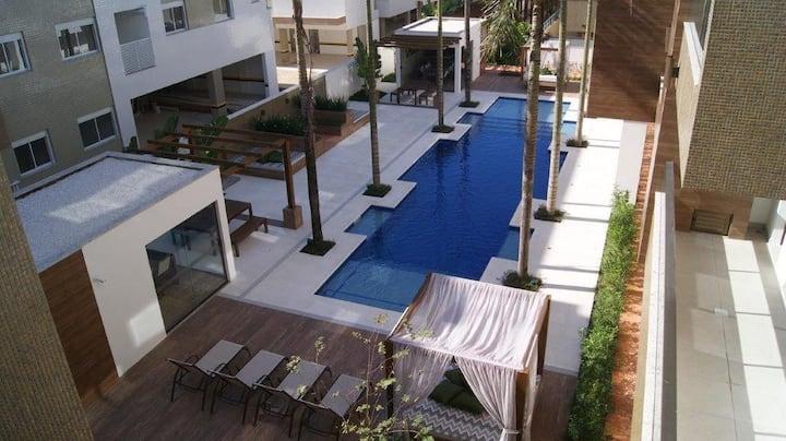 Belo estudio, próximo mar- praia do Campeche