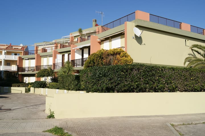 APARTMENT  FRONT/VIEW SEA - Fertilia - Daire