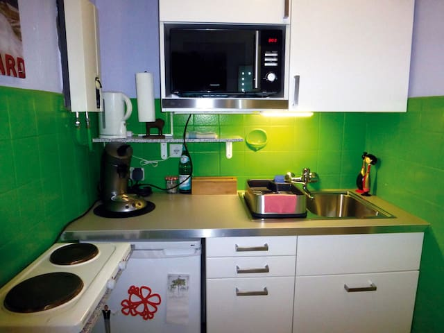 Kitchen with Senseo coffeemaker (coffee included)