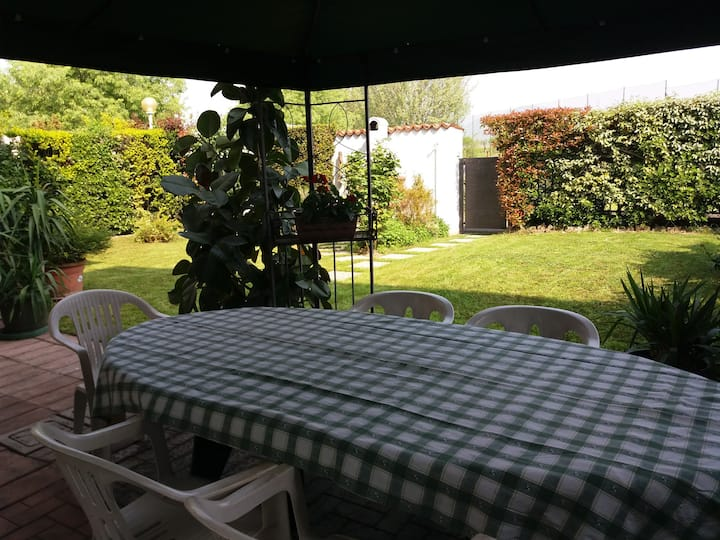 Cozy flat with garden in Franciacorta & Iseo Lake