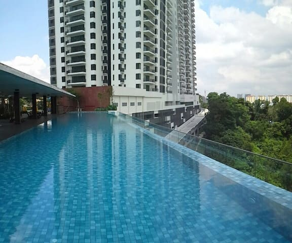 LUXURY COZINESS HOMESTAY - Puchong - (ไม่ทราบ)