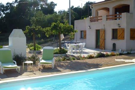 Ajaccio Beau Rez de villa + piscine - Sarrola-Carcopino