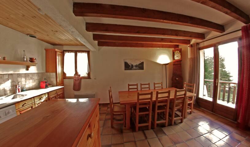 Appartement T4 dans chalet - Saint Chaffrey - Casa