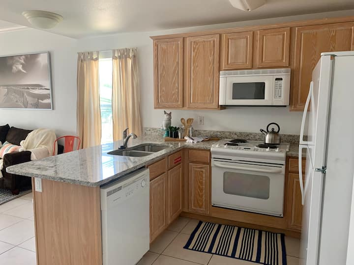 Perfect Family Duplex Rent One Side or Both! Directly across from Gulf Place!