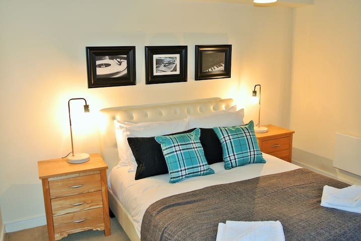 Chester - Two Bedroom Apartment (Sleeps 4)