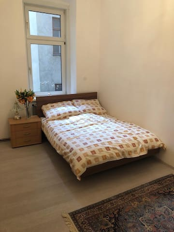 Cozy room in city centre - Prater