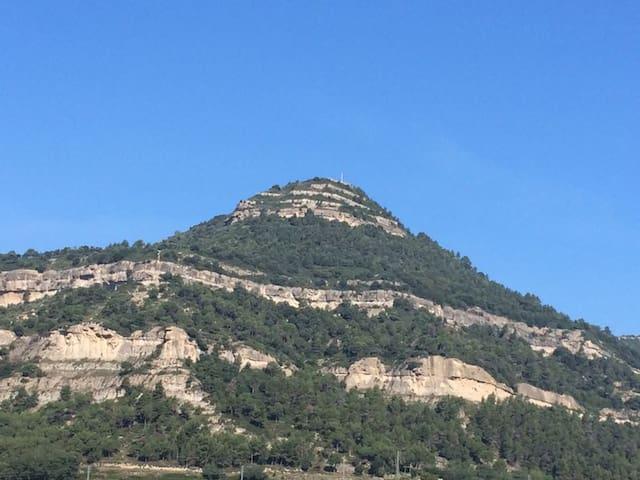 Atic rural, a la muntanya - Centelles - Appartement