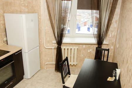 Сдаю уютную 1 комнатную квартиру! - 基洛夫 - 公寓