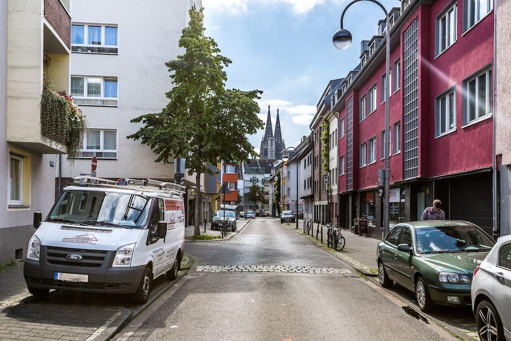 Street view. Dome 10mn walk