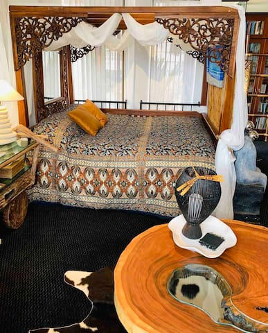Imported Carved Balinese 4-Postal Bed.