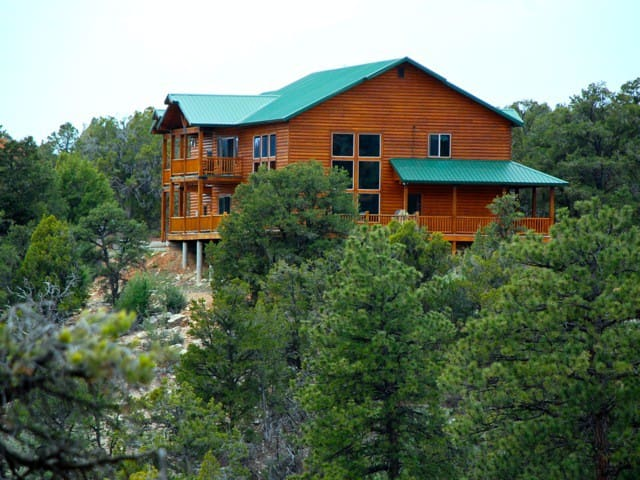 Southwest Retreat 7 miles from Zion National park