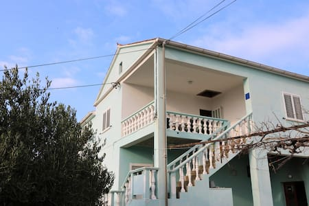 "Apartment ""Ringo"" - Vrsi"