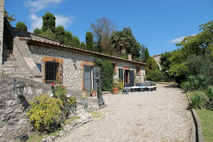 Etruscan Country House - Charme Holidays