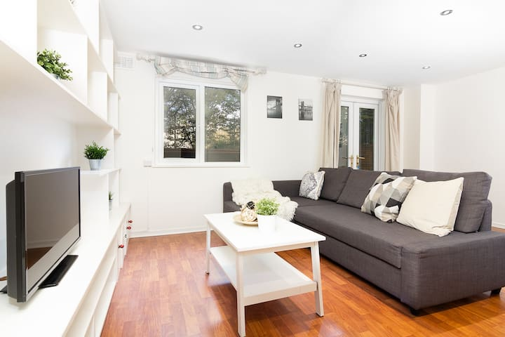Incredible 3-bed house in Notting Hill