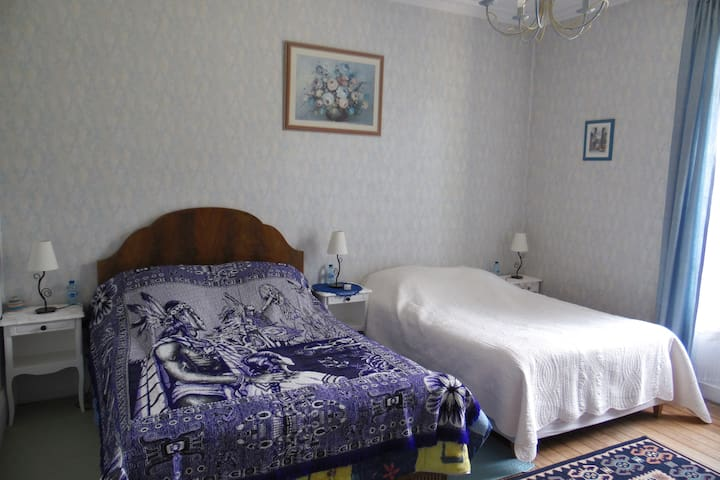 CHAMBRE CHEZ L4habitant - Mainneville - Bed & Breakfast
