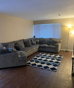 1 bedroom APT located 5 minutes from STL airport