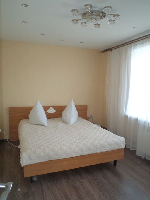 Спальня 1 (кровать 160х200)
