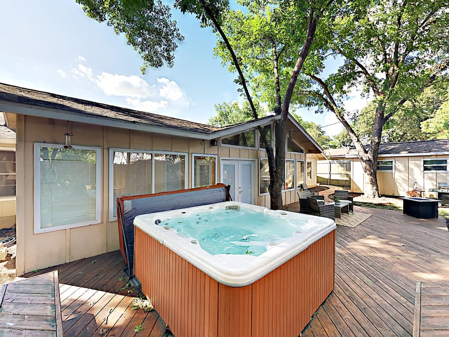 Soak in the hot tub after an afternoon in Zilker Park