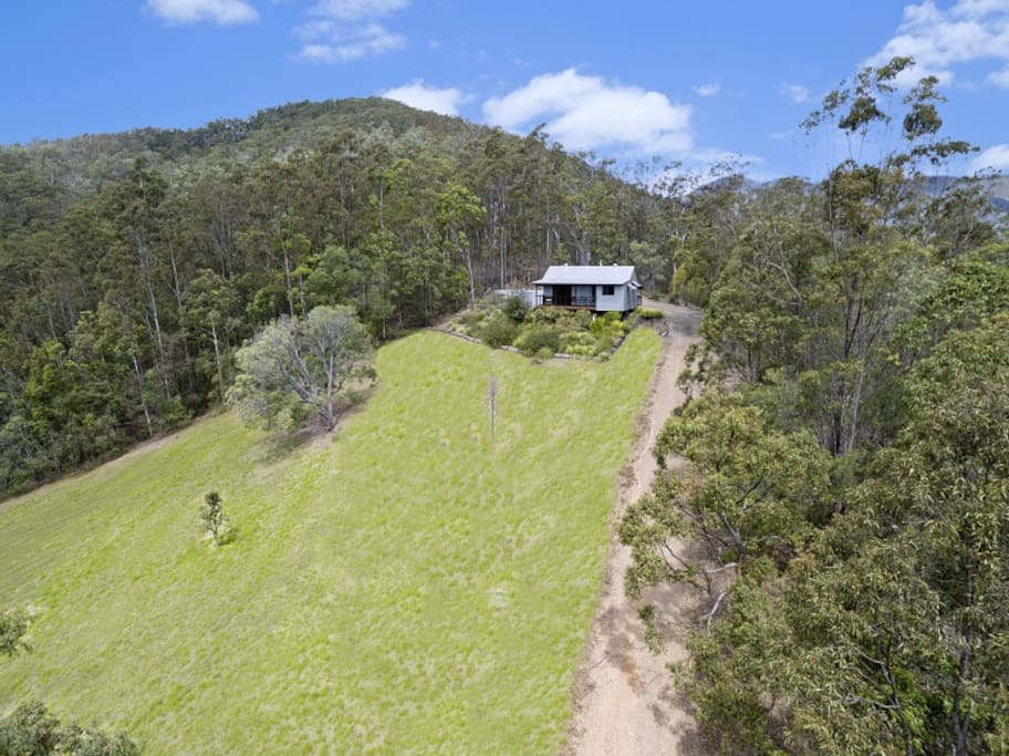 Currawong Self Contained Cottage Cottages For Rent In