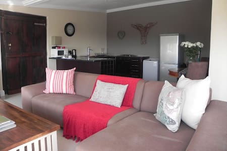 SEA VIEW APARTMENT - Plettenberg Bay - Apartment