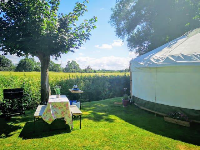Luxury Private Glamping. Giant Yurt + Log Cabin!
