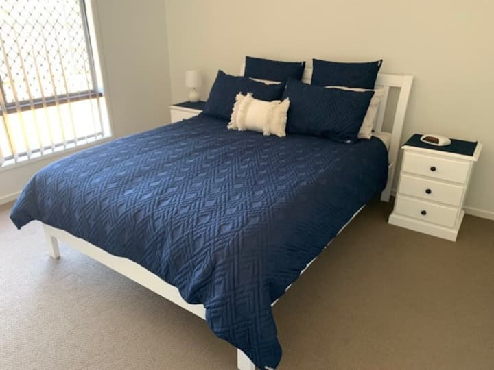 Modern Home close to CBD and Tourist Attractions