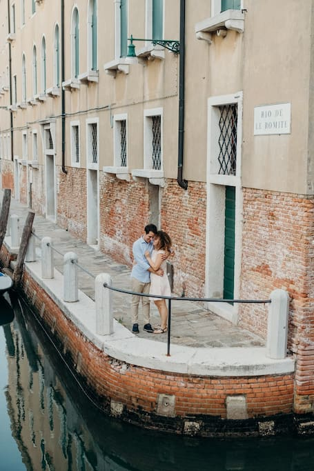 Secret Venice photoshoot