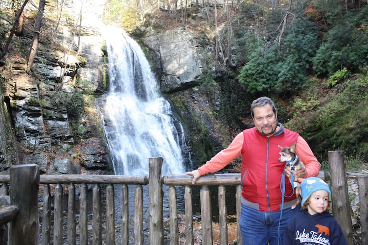 BUSHKILL FALLS NEARBY