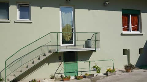 vintage villa apartment with parking