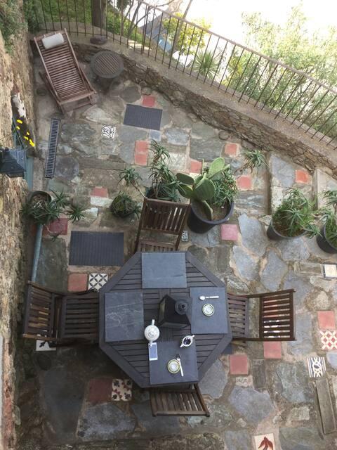 Maison au coeur du village terrasse