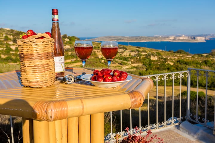 COUPLE'S GETAWAY AT PERFECT LOCATION ON GOZO - Għajnsielem - Leilighet