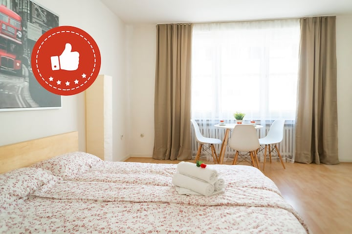★New City Center Apartment★