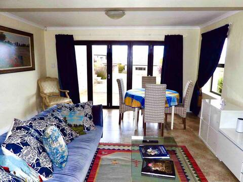 Sweeping views over Grahamstown in a secure estate