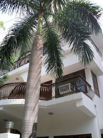 Cozy,Blissful Room in  South Delhi - Nové Dillí - Dům